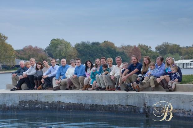 Family Portrait - Lakehouse - Outdoors